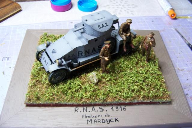 Auto Mitrailleuse Lanchester ( CSM 1/35) FINI - Page 2 100_3836