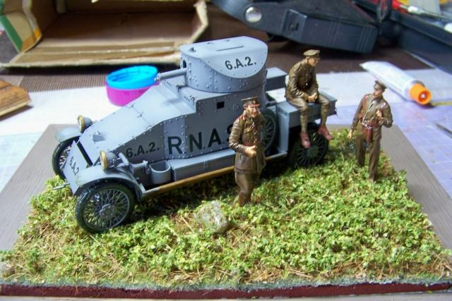 Auto Mitrailleuse Lanchester ( CSM 1/35) FINI - Page 2 100_3838