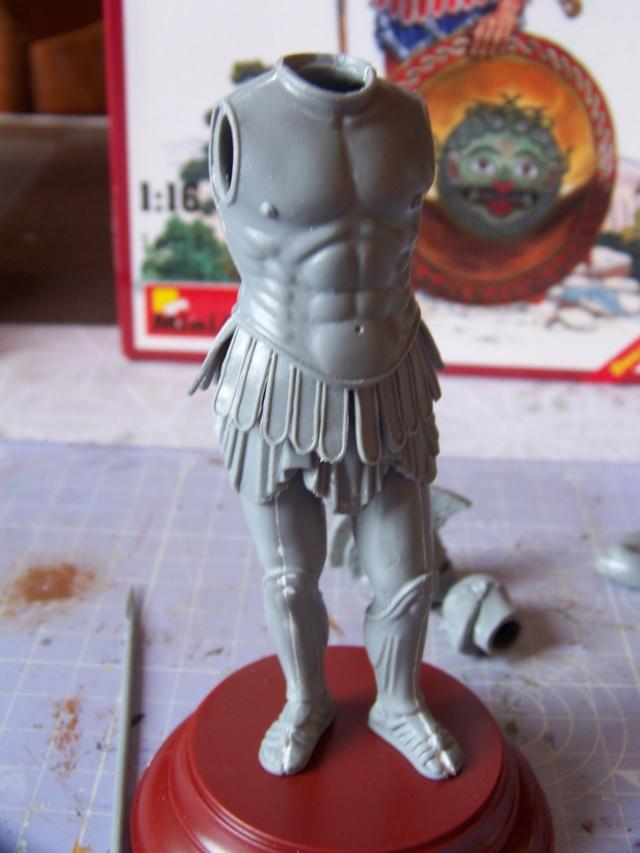 Hoplite Athénien Mini Art 1/16 100_4318