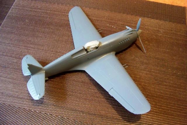Curtiss H81A1(P40A)   Airfix 1/48 Fini - Page 2 100_5135
