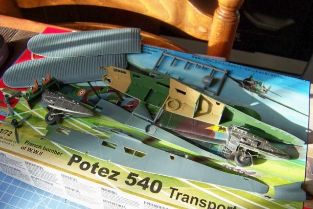 Fil rouge 2019 : Potez 540 T (AZ-Model/Heller 1/72) - Page 2 100_5167