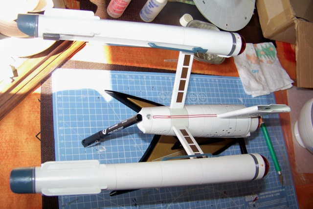 NCC 1657 (Revell 1/600) FINI - Page 2 100_5204