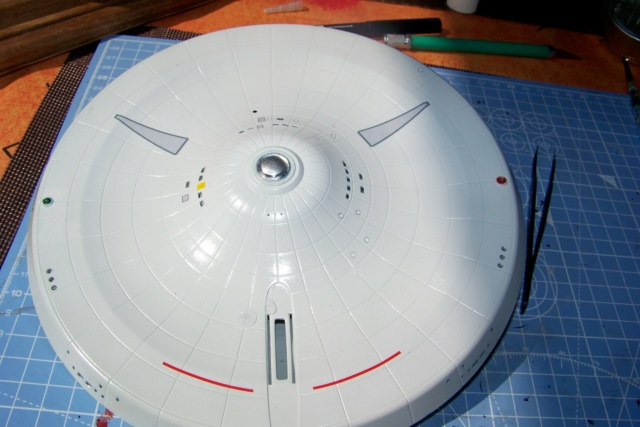 NCC 1657 (Revell 1/600) FINI - Page 2 100_5205