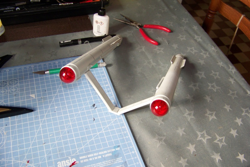 NCC 1657 (Revell 1/600) FINI - Page 2 100_5342