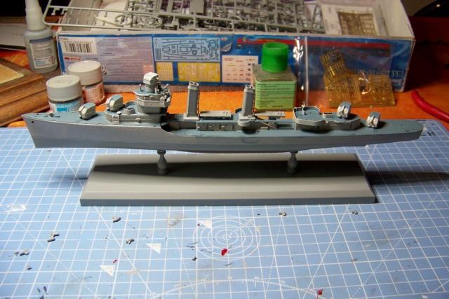 USS Murphy DD603 (Dragon 1/350 USS Laffey Classe Benson) 100_5347