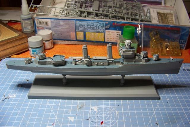 USS Murphy DD603 (Dragon 1/350 USS Laffey Classe Benson) 100_5348