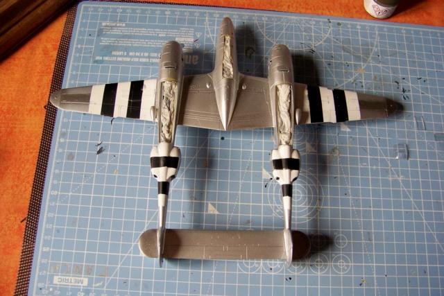 P-38J, ALG-A10 CATZ 07/44 ( Academy 1/48)( FINI ) - Page 2 100_5662