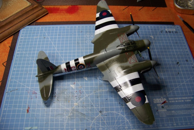 "DH 98 ""Mossie"" NF MK XIII 1/48  "" FINI ! "" - Page 2 100_5687"