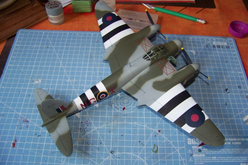 "DH 98 ""Mossie"" NF MK XIII 1/48  "" FINI ! "" - Page 3 100_5693"