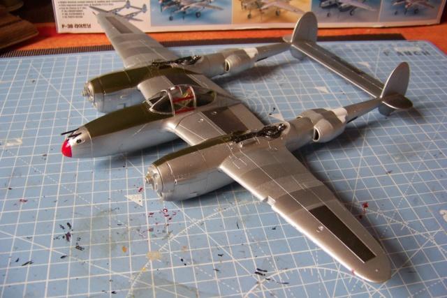 P-38J, ALG-A10 CATZ 07/44 ( Academy 1/48)( FINI ) - Page 3 100_5712