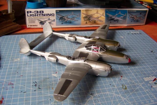 P-38J, ALG-A10 CATZ 07/44 ( Academy 1/48)( FINI ) - Page 3 100_5713