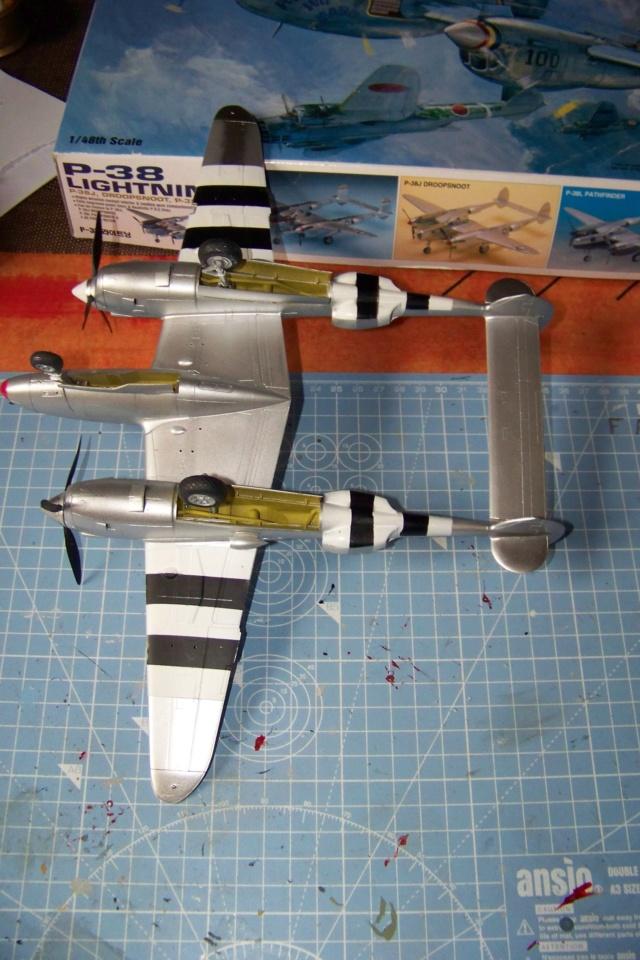 P-38J, ALG-A10 CATZ 07/44 ( Academy 1/48)( FINI ) - Page 3 100_5724
