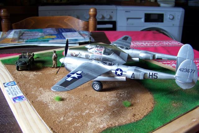 P-38J, ALG-A10 CATZ 07/44 ( Academy 1/48)( FINI ) - Page 4 100_5747