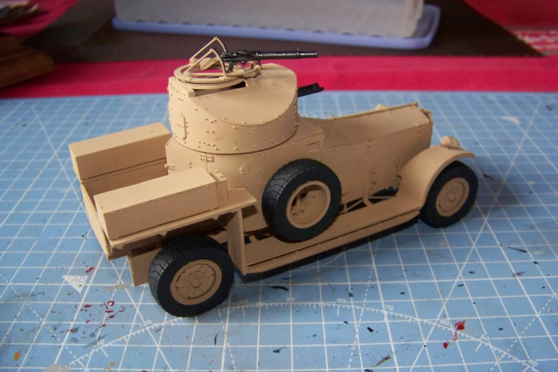 Rolls Royce British Armored Car  Meng 1/35 - Page 2 100_6213