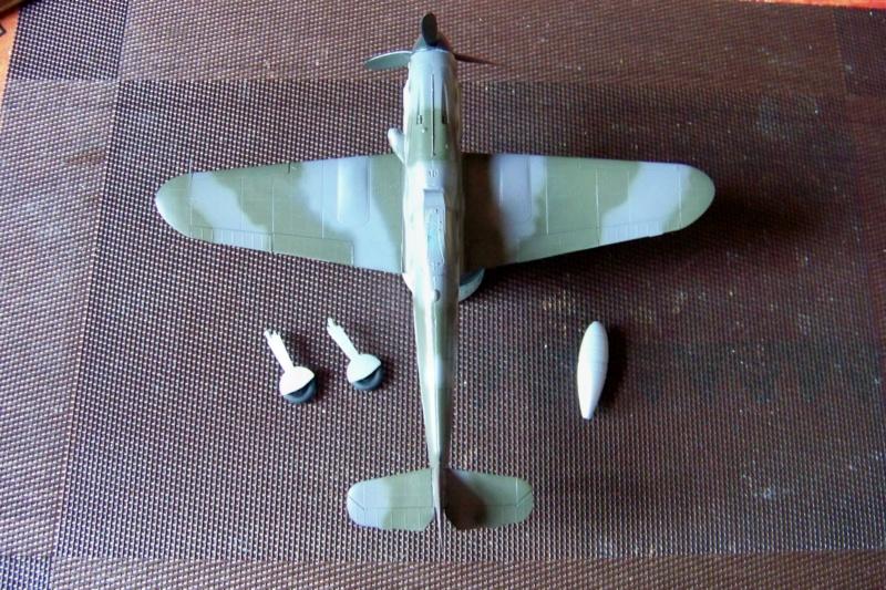 Me 109 G10 Eduard 1/48 (Fini) - Page 2 100_6345