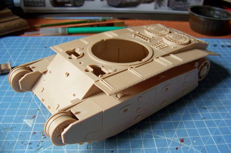 ARL-44 (Amuzing hobby 1/35) 100_6488