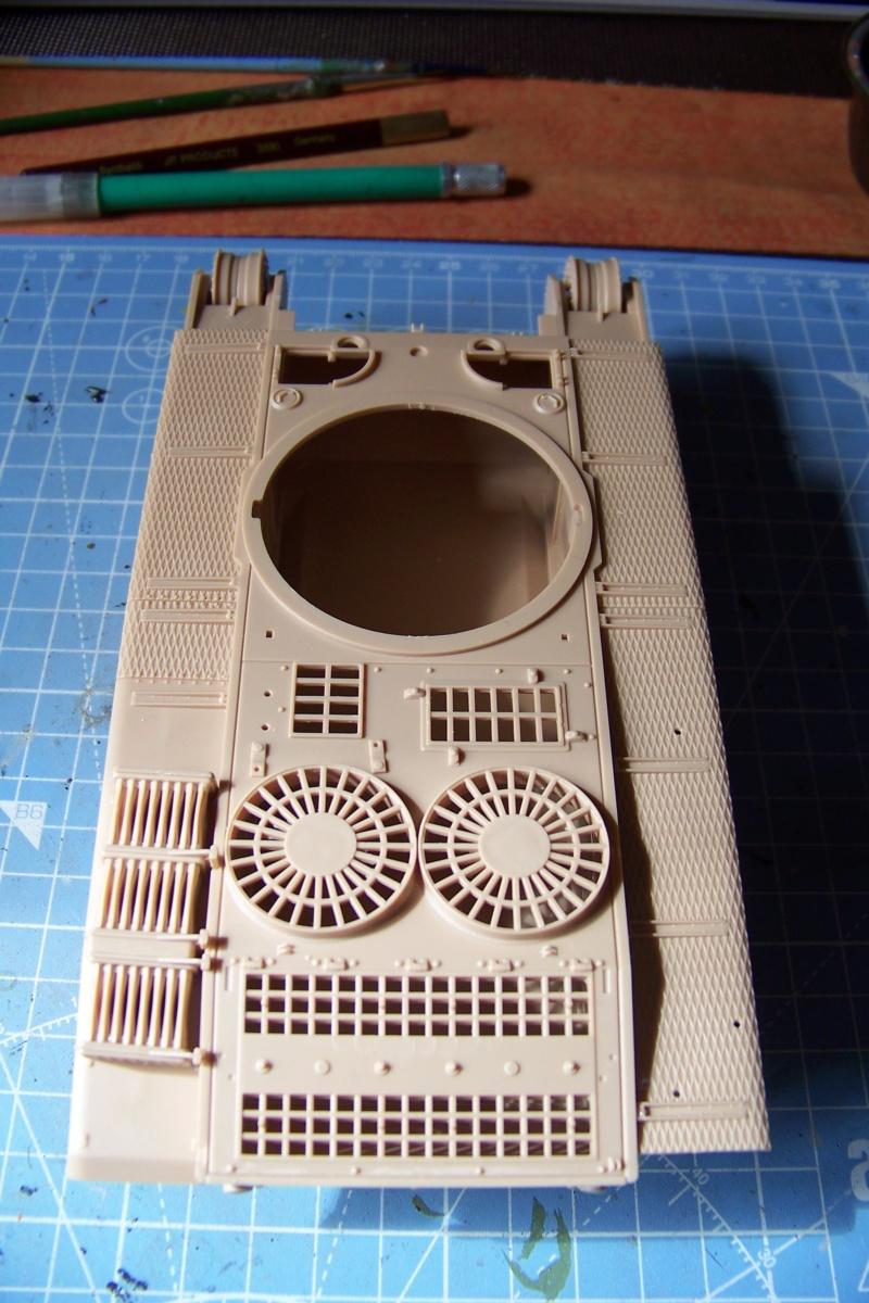ARL-44 (Amuzing hobby 1/35) 100_6490