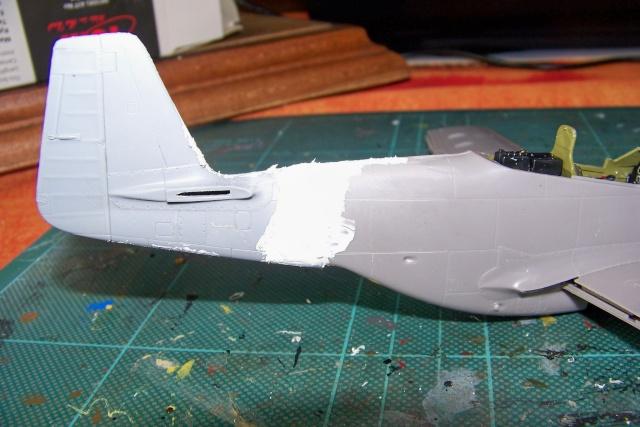 P-51D5 ICM 1/48  Lieutenant Charles H. SIMONSON, 356 FSq / 354 FGr (2013)FINI 100_7195