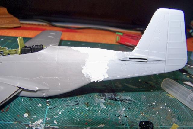 P-51D5 ICM 1/48  Lieutenant Charles H. SIMONSON, 356 FSq / 354 FGr (2013)FINI 100_7196