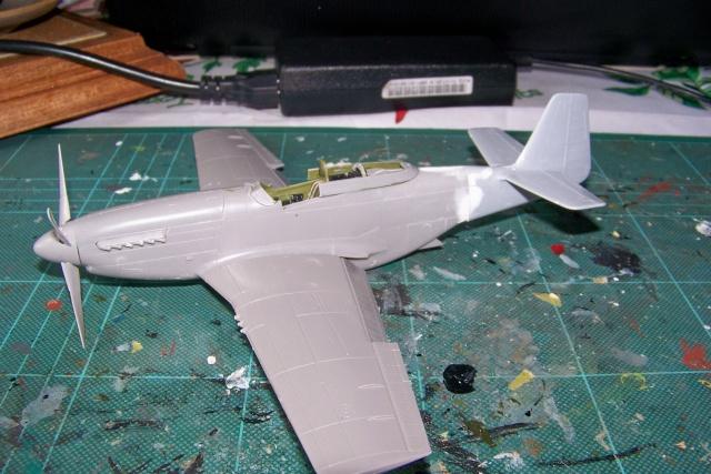 P-51D5 ICM 1/48  Lieutenant Charles H. SIMONSON, 356 FSq / 354 FGr (2013)FINI 100_7197