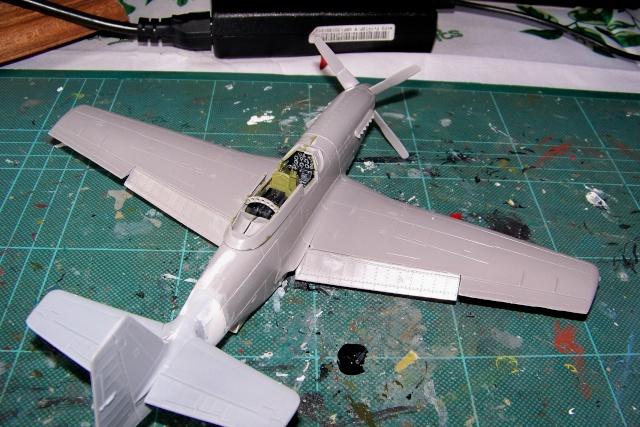 P-51D5 ICM 1/48  Lieutenant Charles H. SIMONSON, 356 FSq / 354 FGr (2013)FINI 100_7198