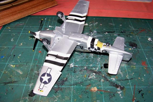 P-51D5 ICM 1/48  Lieutenant Charles H. SIMONSON, 356 FSq / 354 FGr (2013)FINI 100_7207