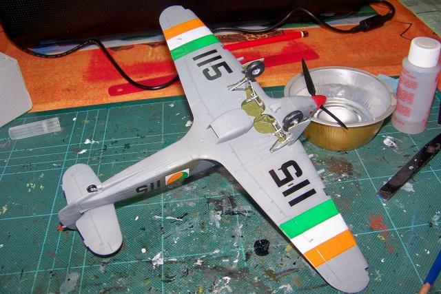 Hawker Hurricane MKIIc Hasegawa 1/48( Nov 2013 Fini)  100_7305
