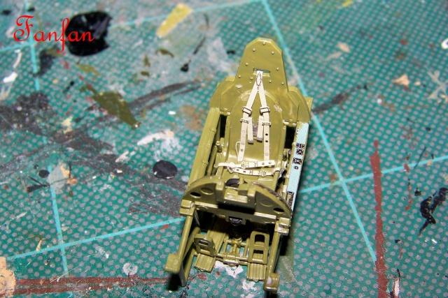 Hawker Hurricane MKIIc Hasegawa 1/48( Nov 2013 Fini)  100_7596