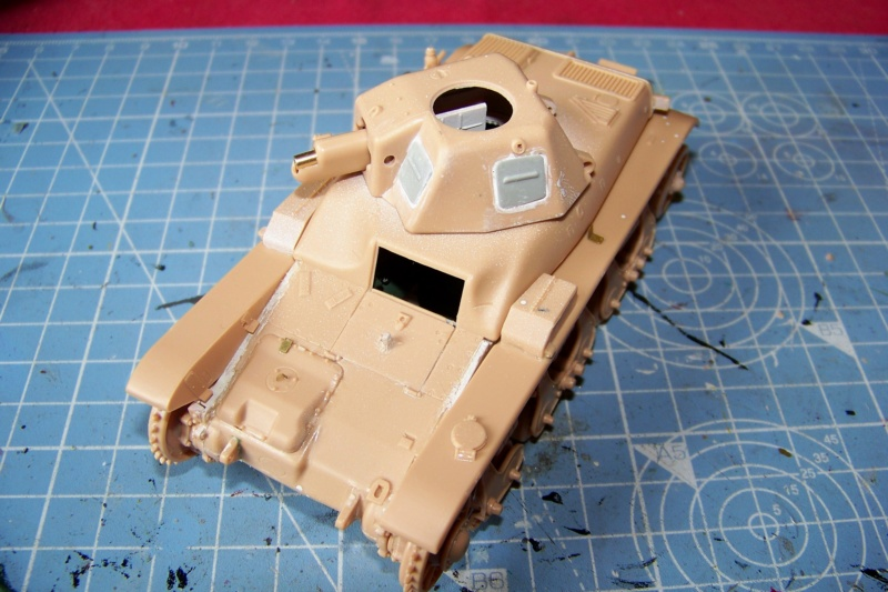 Fil rouge 2020 : Renault R-35 21 éme BCC Le BOA (1/35 hobby boss) - Page 3 100_7644