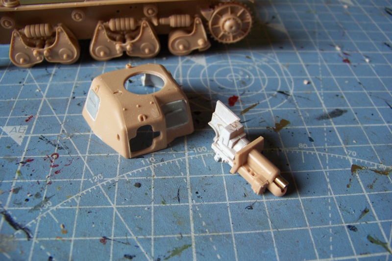 Fil rouge 2020 : Renault R-35 21 éme BCC Le BOA (1/35 hobby boss) - Page 3 100_7647