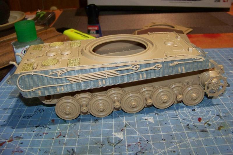 Sd.Kfz. 182 Panzer VI Ausf. B Porsche ( Meng 1/35) 100_8135