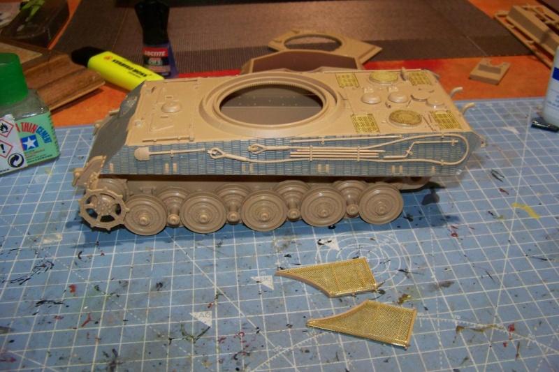 Sd.Kfz. 182 Panzer VI Ausf. B Porsche ( Meng 1/35) 100_8136