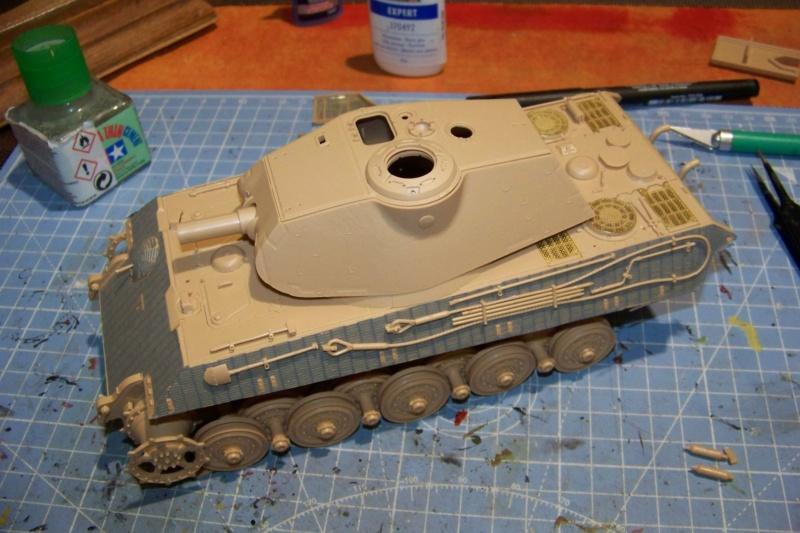 Sd.Kfz. 182 Panzer VI Ausf. B Porsche ( Meng 1/35) 100_8139
