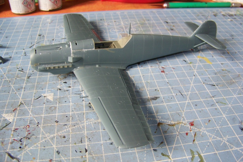 sur l' établi Bf 109 E3a 1/48 Eduard  Fini - Page 2 100_8333