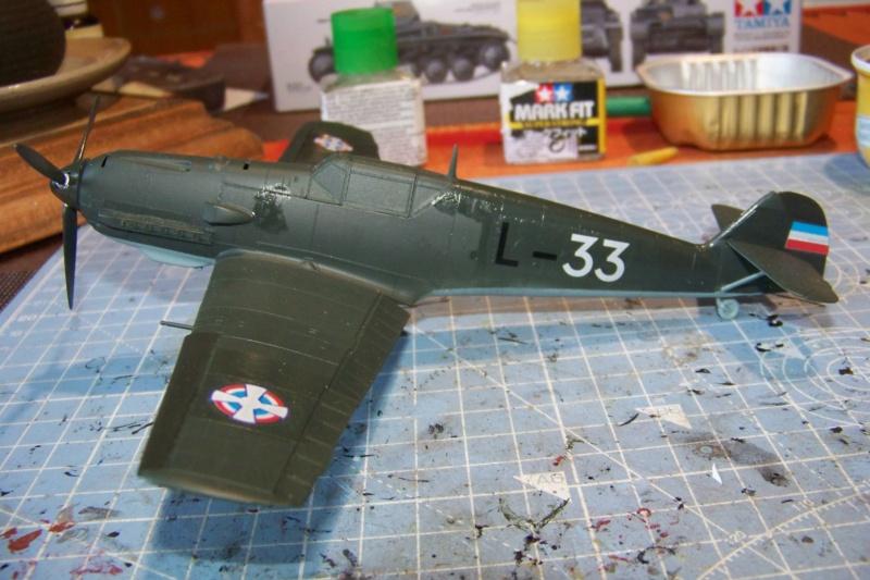 sur l' établi Bf 109 E3a 1/48 Eduard  Fini - Page 3 100_8417