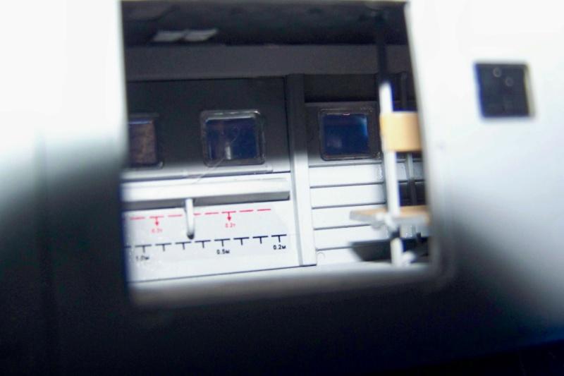 Mil Mi 24 V/VP Zvezda 1/48 - Page 2 100_8428