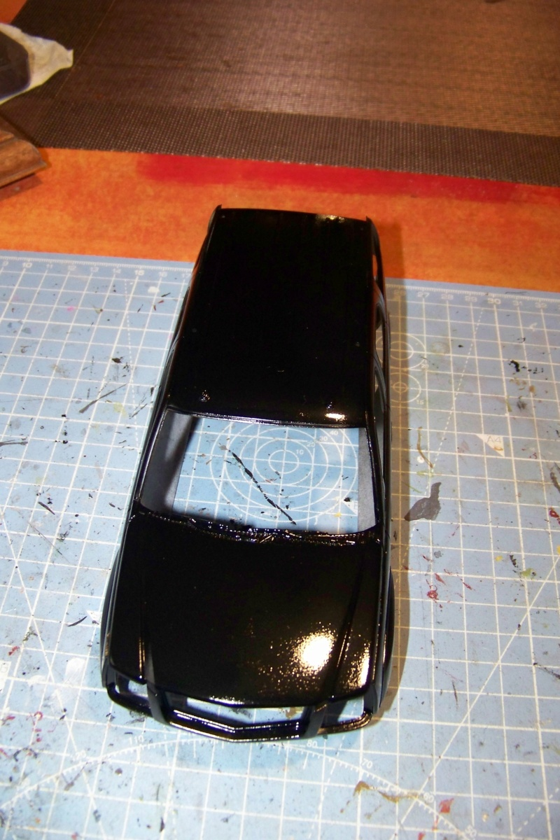 From the box - Cadillac Escalade Revell 1/25 - Page 3 100_8675