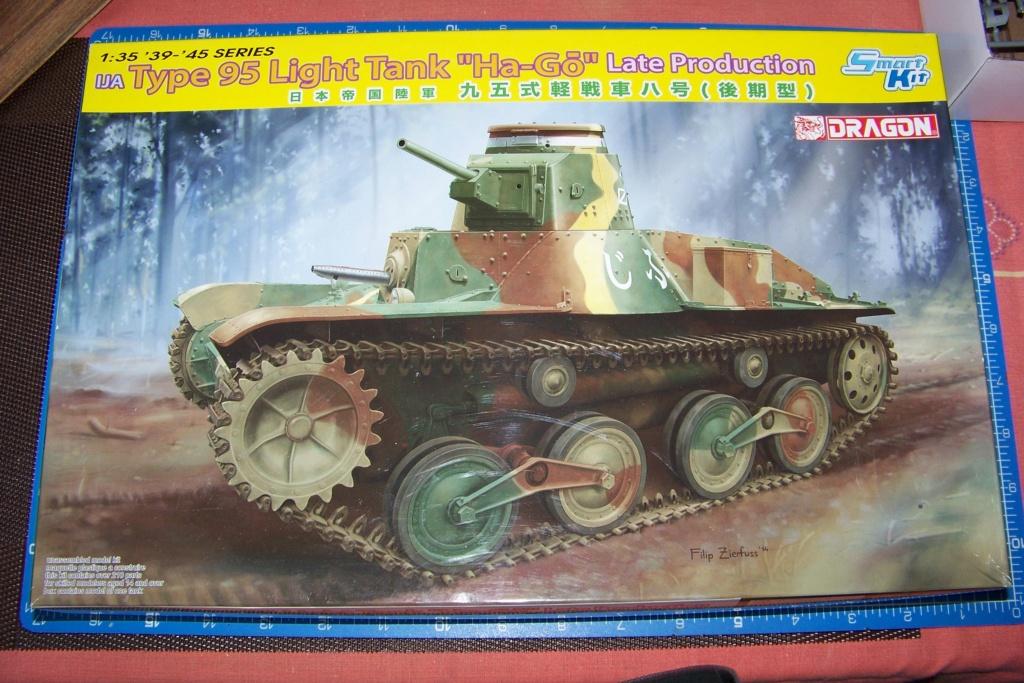 "Type 95 Ha-Go "" Royal Pologne"" Dragon 1/35 100_8922"
