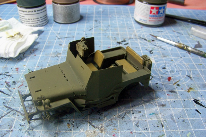 US Army 1/4 ton Armored Truck = Jeep Blindée ( Takom 1/35) 100_9198