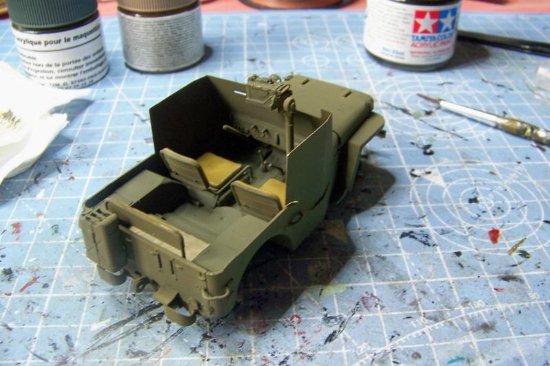 US Army 1/4 ton Armored Truck = Jeep Blindée ( Takom 1/35) 100_9201