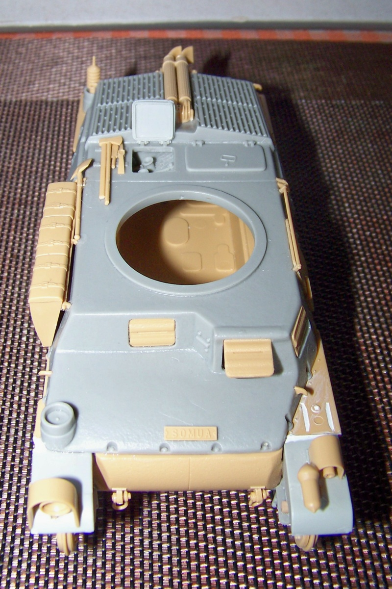 Somua S 40 ARL2C  (Tamiya / BMV 1/35 ) - Page 2 100_9248