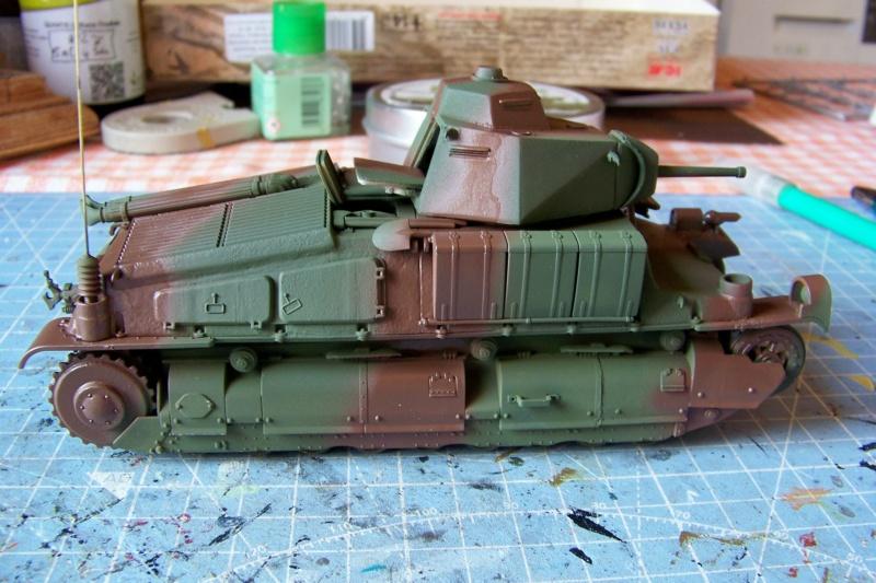 Somua S 40 ARL2C  (Tamiya / BMV 1/35 ) - Page 4 100_9367