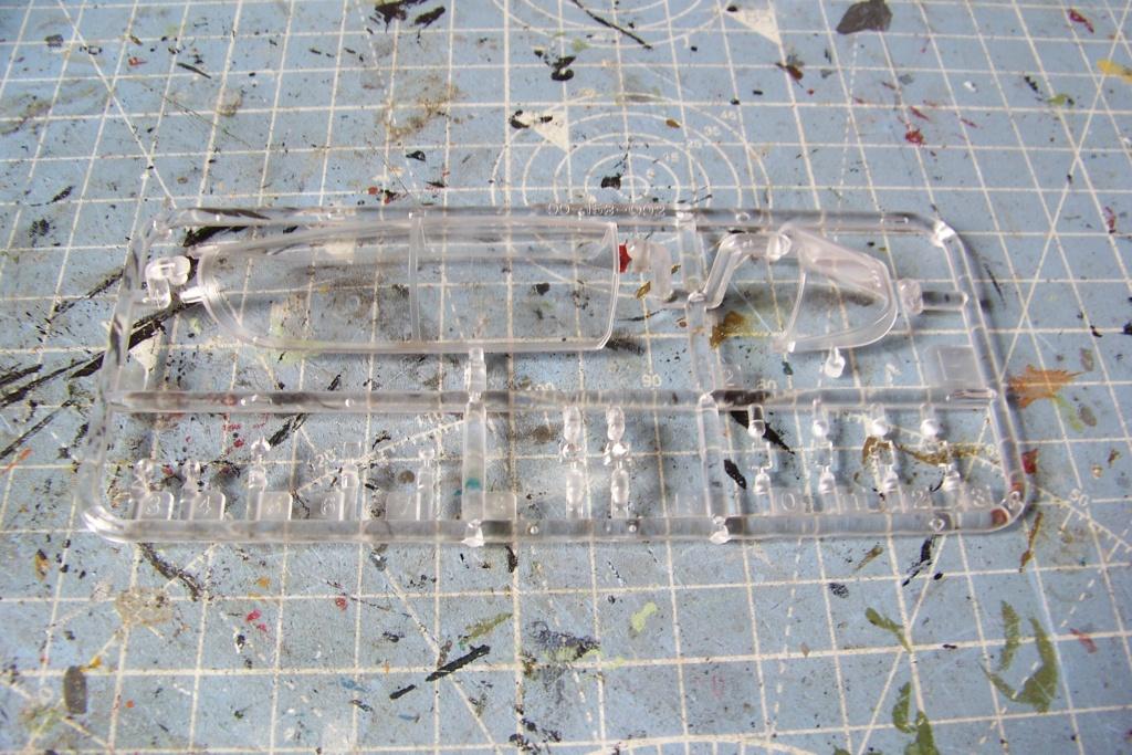 Ouvre Boite : FMA IA58 Pucara Kinetic 1/48 100_9441