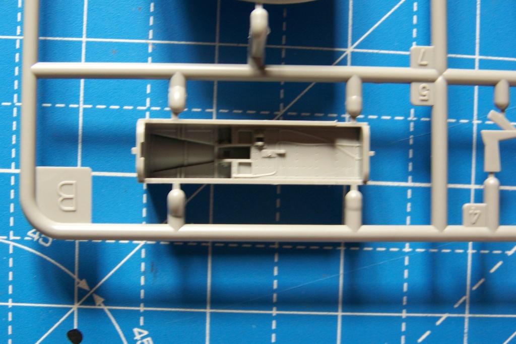 Ouvre Boite : FMA IA58 Pucara Kinetic 1/48 100_9452