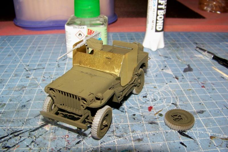 US Army 1/4 ton Armored Truck = Jeep Blindée ( Takom 1/35) 100_9691