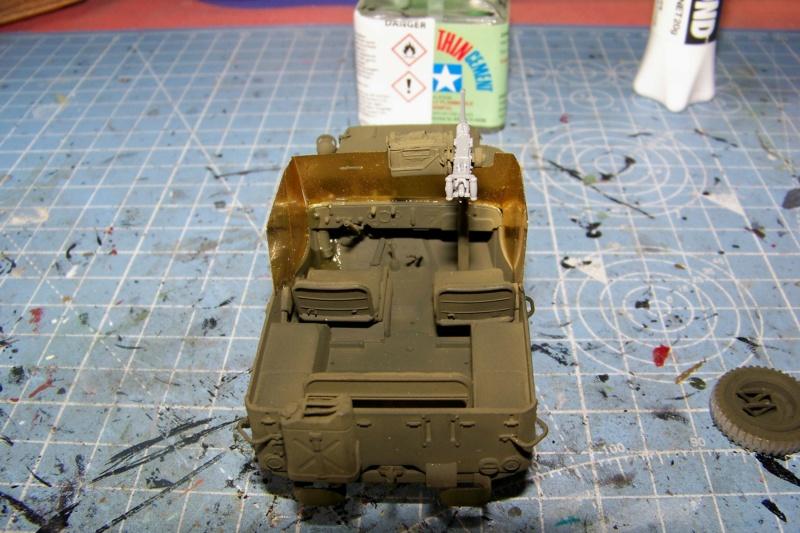 US Army 1/4 ton Armored Truck = Jeep Blindée ( Takom 1/35) 100_9692