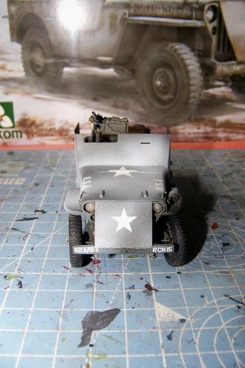 US Army 1/4 ton Armored Truck = Jeep Blindée ( Takom 1/35) - Page 3 100_9768