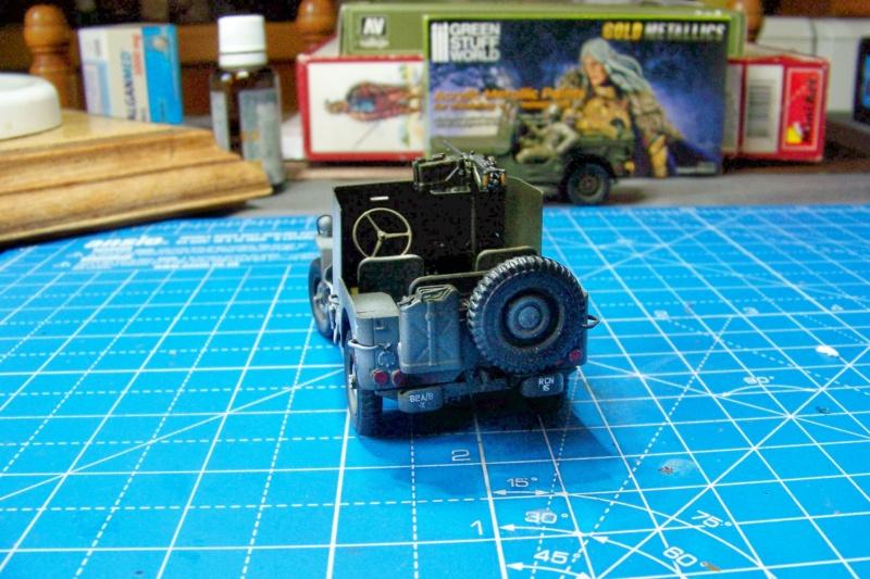 US Army 1/4 ton Armored Truck = Jeep Blindée ( Takom 1/35) - Page 3 100_9833