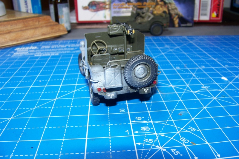 US Army 1/4 ton Armored Truck = Jeep Blindée ( Takom 1/35) - Page 3 100_9835
