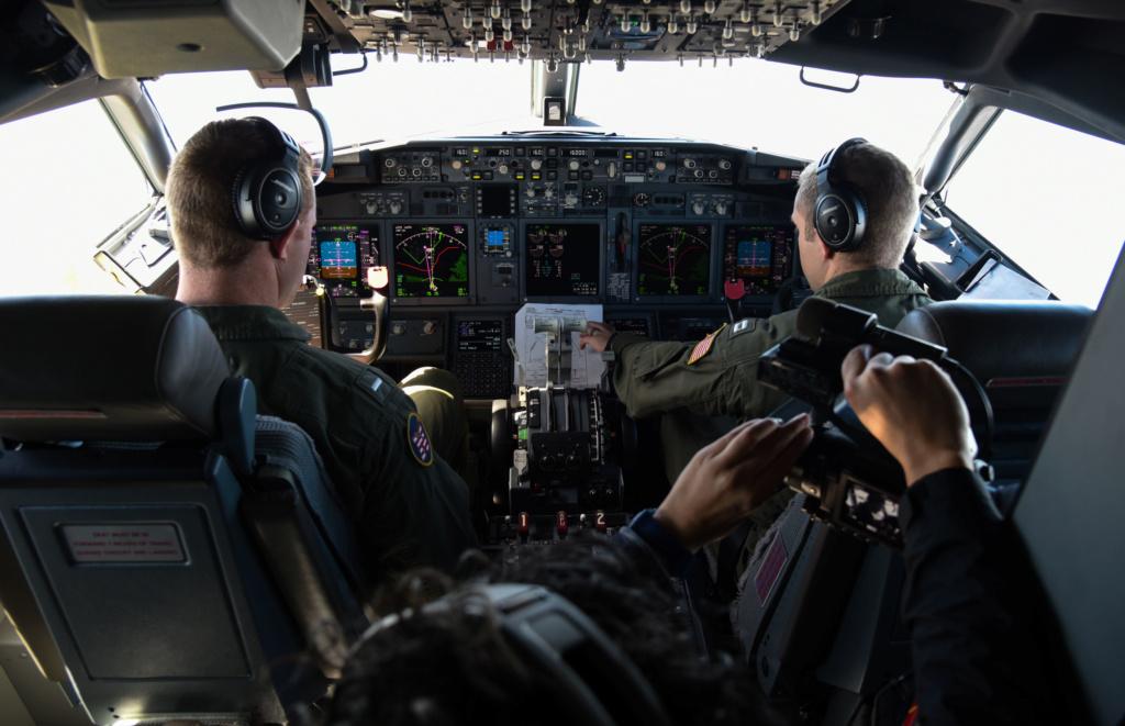 Grumman E-2C Hawkeye Mexican Navy (Fujimi 1/72) 17112210